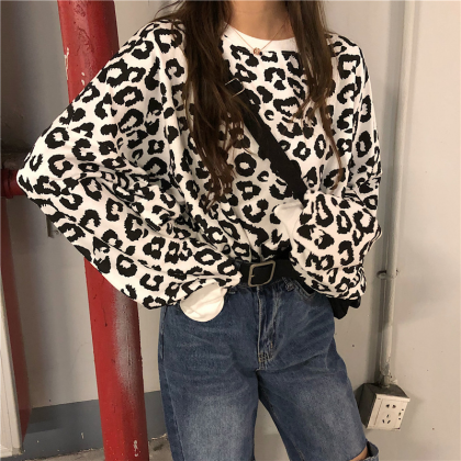 VIRENE Korean Fashion Women Blouse Leopard Design Sweater Casual Long Sleeve Top Woman Outfit Shirt Baju Viral Murah Ready Stock 281911